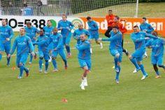 Oranje traint in Lausanne, in aanloop naar het EK 2012