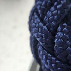 So close. #design #backpacking #style #instafashion #love #creative #minimal #instastyle #summer #handbag #lommer #macro