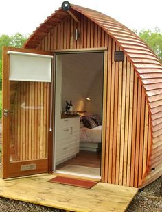 Tiny Mini Cabin - Loch Ness Glamping