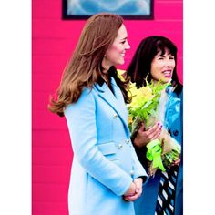 The Duchess of Cambridge visit the Valero Pembroke Refinery | November 8th 2014. OMG, look at her baby bump! AW ❤ #katemiddleton #duchessofcambridge #pregnant img.catherine-william-george.tumblr