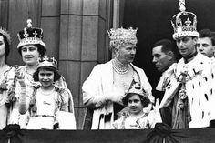 Photo: Coronation of English King George VI of England, 12 May 1937 : Queen Mother, Queen Mary, King Queen, George Vi, Lady Elizabeth, Duke Of York, British Royal Families, Queen Of England, Princess Margaret