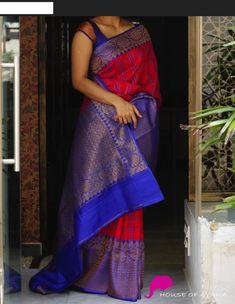 Banaras tussar silk, red. Designer Sarees, Art Work Sarees, Bridal Sarees. Sarees Buy Online Shoppnig. #weddingsilksarees #rawsilksarees #southindiansarees #indianfashiondresses #indiantraditionalsilk #banarassarees #kalamkarisarees #organzasarees #rawsilksarees #artworksarees #tussarsarees #tissuesarees #korasarees #kotasarees #Purplesilk #sareewithprice #fancy #apparel #clothing #womensfashiondresses #kurti #pattusarees#bridallehengas #buysilksareesonline #sareesonlineshopping… Indian Silk Sarees, Sari Silk, Dupion Silk, Silk Satin, Blouse Styles, Blouse Designs, Saree Poses, Silk Saree Kanchipuram, Bridal Silk Saree