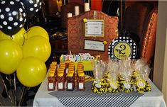 Preppy bumblebee party: Lindley is 2!