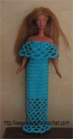 Evening dress for Barbie crocheted Barbie Clothes Patterns, Crochet Barbie Clothes, Doll Clothes Barbie, Barbie Dress, Clothing Patterns, Blog Crochet, Crochet Toys, Barbie Paper Dolls, Ag Dolls