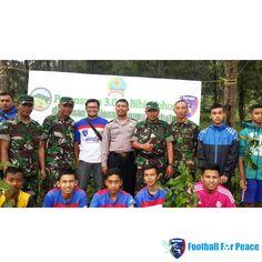Uni Papua FC Salatiga melakukan penanaman 3.000 Bibit Pohon  http://unipapua.net/berita/uni-papua-fc-salatiga-melakukan-penanaman-3-000-bibit-pohon/ -AH-