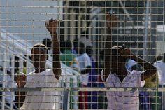 Migranti, Minniti -  «Nuovi Cie non avranno nulla a che fare con il passato»