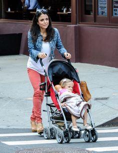 Bethenny Frankel Photos - Bethenny Frankel picks up Bryn from school in New York. - Bethenny Frankel Picks Up Bryn From School Bethenny Frankel, New York City, Baby Strollers, My Style, School, Baby Prams, New York, Prams, Nyc