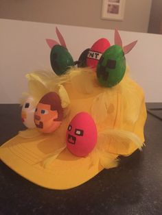 Minecraft Easter bonnet