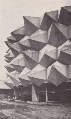 """Pavillion """"Wehrhafte Schweiz"""" designed and constructed for the Swiss Army in conjunction with the Swiss National Exhibition of 1964 in Lausanne - Pictures from Swiss Construction Foremen Magazine"""
