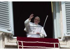 El Papa a la hora del Ángelus: llevar a Jesús a todas las periferias - Radio Vaticano