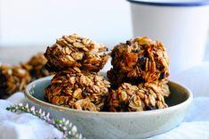 Whole grain cookies with cinnamon | energy balls www.karlasnordickitchen.com