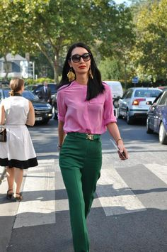 Inverted colors - Office Outfits Inverted colors outfits … in 2020 Mode Outfits, Office Outfits, Casual Outfits, Fashion Outfits, Office Wear, Fashion Mode, Work Fashion, Spring Fashion, Colourful Outfits
