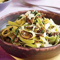 Mushroom Straw and Hay Pasta   http://www.rachaelraymag.com/Recipes/rachael-ray-magazine-recipe-search/rachael-ray-30-minute-meals/mushroom-straw-and-hay-pasta