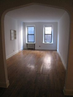 1 bedroom rental at 1st ave, Midtown East, posted by Stephanie Reilly on 11/20/2013 | Naked Apartments