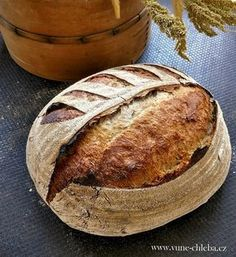 Chléb s menším množstvím kvásku – Vůně chleba Sourdough Bread, How To Make Bread, Bread Baking, Bagel, Bread Recipes, Food And Drink, Cooking, Pizza, Fantasy