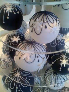 Cake spheres from theredcakecompany.co.uk Stunning!