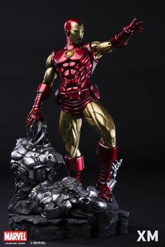 XM Studios Marvel Iron Man Classic Quarter Scale Statue XM Studios is excited to present our next Marvel Premium Collectibles series statue, Ironman Classic! Iron Man has donned on many different v . Marvel Heroes, Marvel Characters, Marvel Dc, Marvel Comics, Iron Man Suit, Iron Man Armor, Gi Joe, Iron Man Marvel, Marvel Statues