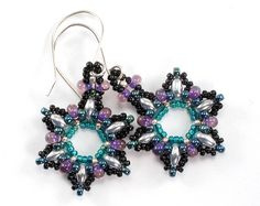 Hey, I found this really awesome Etsy listing at https://www.etsy.com/listing/116991435/metallic-silver-and-teal-snowflake