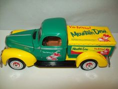 FORD-40 TRUCK MOUNTAIN DEW & YA-HOOO DIE CAST BY GOLDEN WHEEL