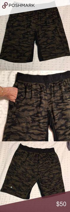 f2908869e8 Lululemon Men's Camo Short, XL, Mint Cond Lululemon Men's Camo, XL, Shorts
