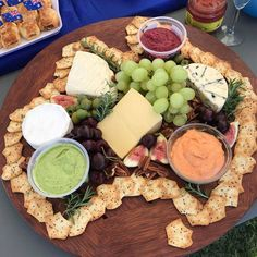 Australian Party, Australian Food, Food Platters, Cheese Platters, Food Buffet, Australia Day Celebrations, Aussie Food, Christmas Party Food, Christmas Entertaining
