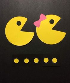 Pacman Photo Booth Props by JJJBCRAFTS on Etsy