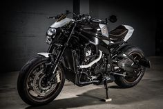 BMW S 1000R by Stucki2Rad - VTR Customs - RocketGarage Cafe Racer