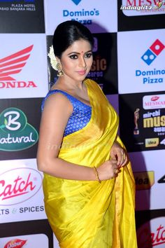 Photograph of Shamna Kasim (Poorna) HAPPY VISHWAKARMA PUJA WISHES QUOTES IMAGES | BEST WISHES QUOTES IMAGES PHOTO GALLERY  | 1.BP.BLOGSPOT.COM  #EDUCRATSWEB 2020-09-13 1.bp.blogspot.com https://1.bp.blogspot.com/-u_W5KTA-4cM/WbIL0p9YiSI/AAAAAAAAIEY/ItGycT-dfoEfSqNdRaK5gSg0PZfz3xrVwCLcBGAs/s640/Bengali%2BVishwakarma%2BPuja%2BWallpaper.jpg