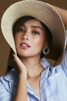 Beautiful Girl like Fashition Most Beautiful Faces, Beautiful Lips, Beautiful Women, My Beauty, Beauty Women, Asian Beauty, Liza Soberano Instagram, Lisa Soberano, Prity Girl