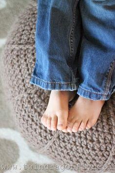 Crochet Floor Pouf Pattern (5)_thumb