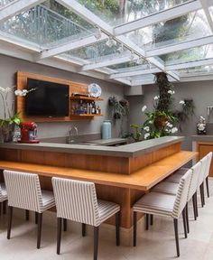 Iluminação natural no espaço gourmet! Amei! Via @decoreseuestilo. Projeto Larson Mantovani www.homeidea.com.br Face: /homeidea Pinterest: Home Idea #homeidea #arquitetura #ambiente #archdecor #archdesign #projeto #homestyle #home #homedecor #pontodecor #homedesign #espacogourmet #interiordesign #interiores #picoftheday #decoration #revestimento #decoracao #architecture #archdaily #inspiration #project #iluminacaonatural #home #casa #grupodecordigital