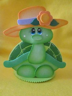 turtle with hat 2017 Foam Crafts, Diy And Crafts, Crafts For Kids, Paper Crafts, Painting For Kids, Art For Kids, Animal Cutouts, Pot A Crayon, Turtle Love