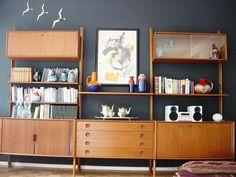 Some Tricks toward Mid Century Modern Sofa - http://www.vhstrungout.com/some-tricks-toward-mid-century-modern-sofa/