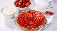 Oppskrift på Jordbærterte Strawberry Recipes, Raspberry, Sweets, Baking, Desserts, Food, Tarts, Strawberries, Summer