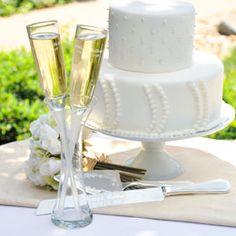 Wedding Champagne Flutes in a Vase: hotref.com