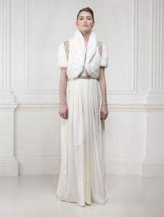 Le meilleur de la Bridal Fashion Week automne 2014: Matthew Williamson http://www.vogue.fr/mariage/tendances/diaporama/le-meilleur-de-la-bridal-fashion-week-automne-2014/15890/image/875128#!les-plus-belles-robes-de-mariee-de-la-bridal-fashion-week-automne-hiver-2013-2014-matthew-williamson