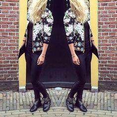 "Semoda op Instagram: ""Deze super toffe coin bomber van @tailor_elbaz weer in alle maten op voorraad! ✨shop op www.semoda.nl #bomber #jacket #semoda #webshop #tailorelbaz #dutchfashion #fashionblogger #blog #fashiondiaries #instafashion #musthave #ootd #outfit #wiwt #womenswear #worldwideshipping #freeshipping #"""