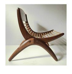 841 отметок «Нравится», 4 комментариев — Australian Wood Review (@woodreview) в Instagram: «Boomerang chair by Studio Furniture 2018 entrant @simeondux . . . #studiofurniture2018 is an…»