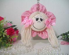 Chaveiro menina flor LB 0032