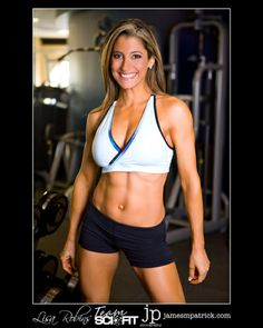 Here is a little demo for some Shapely Shoulders for you women out there!