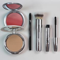 Making Up the Midwest: Review & Swatches: IT Cosmetics Your Most Radiant You 5 Piece Collection