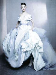 The Power of White, Vogue Italia  Paolo Roversi