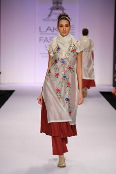 Pratima Pandey Lakme Fashion Week S/R 2014