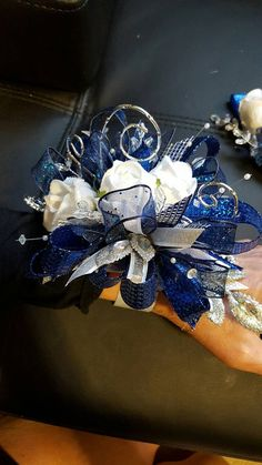 Prom Royal blue and silver prom corsage set wrist corsage set silk prom corsage Homecoming Flowers, Homecoming Corsage, Prom Flowers, Wedding Flowers, Prom Corsage And Boutonniere, Corsage Wedding, Boutonnieres, Corsages, White Corsage