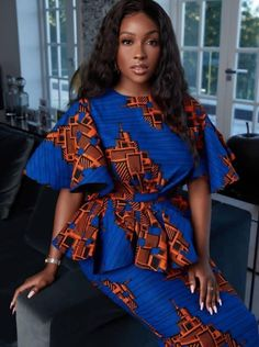 ankara mode This beautiful African print garment is suitable for different occasions. I will carefully sew it for you with high quality fabric prints and make you look as beautiful as the African Maxi Dresses, African Inspired Fashion, Latest African Fashion Dresses, African Dresses For Women, African Print Fashion, African Attire, African Women, Ankara Fashion, Africa Fashion