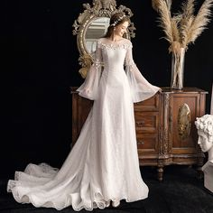 Elegant Ivory See-through Outdoor / Garden Wedding Dresses 2019 A-Line / Princess Scoop Neck Bell sleeves Glitter Tulle Appliques Flower Beading Court Train Ruffle Garden Wedding Dresses, Wedding Dresses 2018, Lace Wedding Dress, Princess Wedding Dresses, Bridal Dresses, Art Deco Wedding Dress, Ivory Wedding, Tulle Wedding, Red Wedding