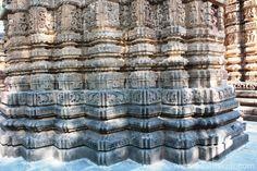 A few close ups of the temple so u can see the excellent work. Bodh Gaya, Archaeological Survey Of India, Shiva Linga, Nataraja, Tribal Dance, Types Of Horses, Big Garden, Lord Vishnu, 11th Century