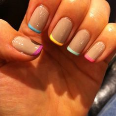 French Oje How to apply nail polish? Nail polish in your friend's nails looks perfect, but you can't apply nail polish as you want? Love Nails, How To Do Nails, Pretty Nails, Fun Nails, Gorgeous Nails, Uñas Fashion, Fashion Models, Fashion Gallery, Fashion Vintage
