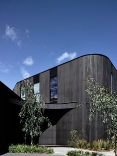 Auhaus is an award winning architectural studio based in Melbourne. Our work includes new houses, renovations, interiors and architectural joinery hardware. Dark Sombre, Brighton Houses, Property Development, Outdoor Furniture, Outdoor Decor, Videography, New Homes, Ocean, Exterior