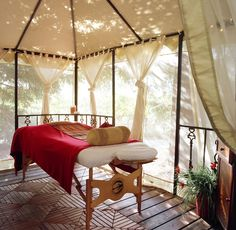 Google Image Result for http://ww1.prweb.com/prfiles/2011/07/11/9483785/Havest%2520Inn%2520Cabana%2520Massage%2520Tent.jpg